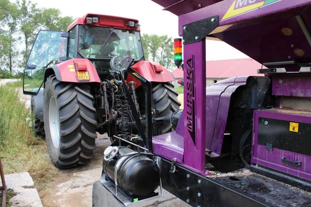 Traktor CASE na diesel gas lpg